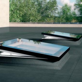 fakro flachdach fenster dachfl chenfenster. Black Bedroom Furniture Sets. Home Design Ideas